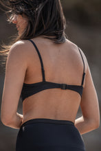 Swimwear - bandeau bra removable straps