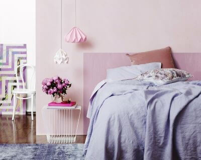 lavender-bedroom-with-grey-sheets