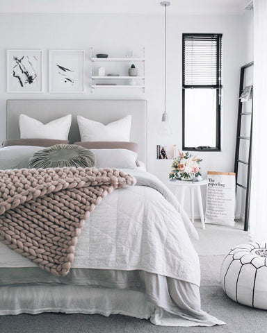 white-and-gray-bedroom