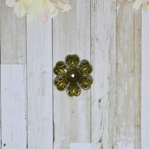 Antique Bronze Metal Filigree Phlox 2.5cm