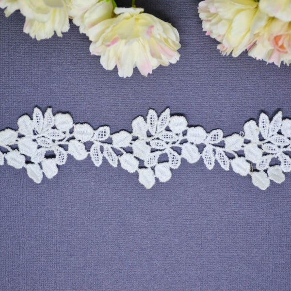 Little Leaf Lace - 30cm