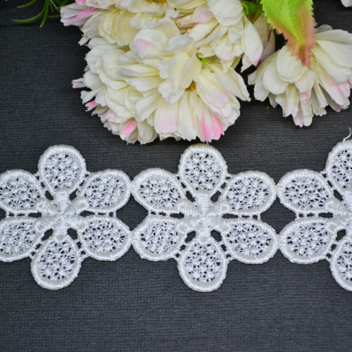 Six Petal Flower Lace - 30cm