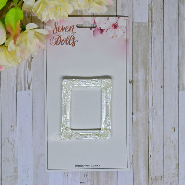 Seven Paper Dolls Resins - Fancy Single Frame