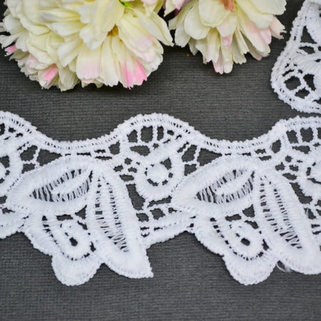 Carnation Strip Lace - 30cm