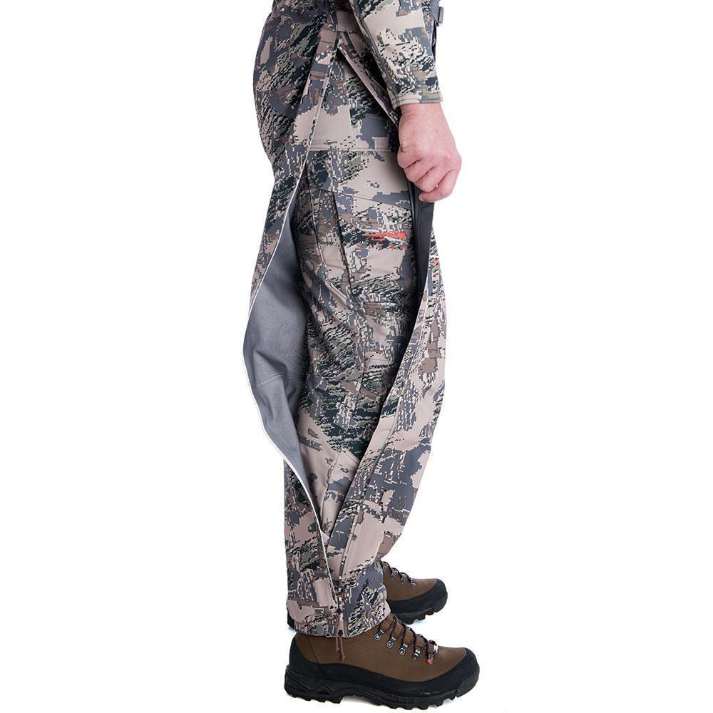 SITKA Gear Cloudburst Rain Pant Optifade Open Country Full Length Zipper Open Detail