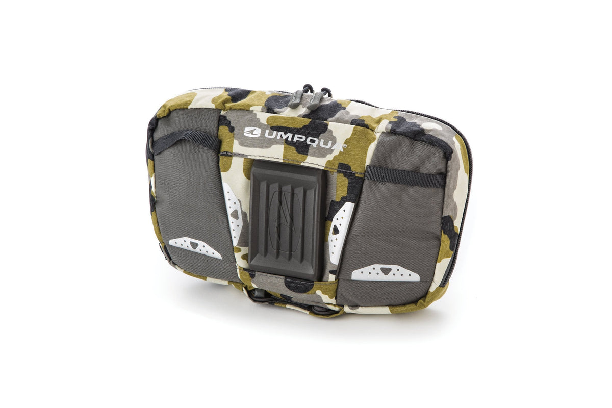 Umpqua Wader ZS Zero Sweep Chest Pack Camo Front