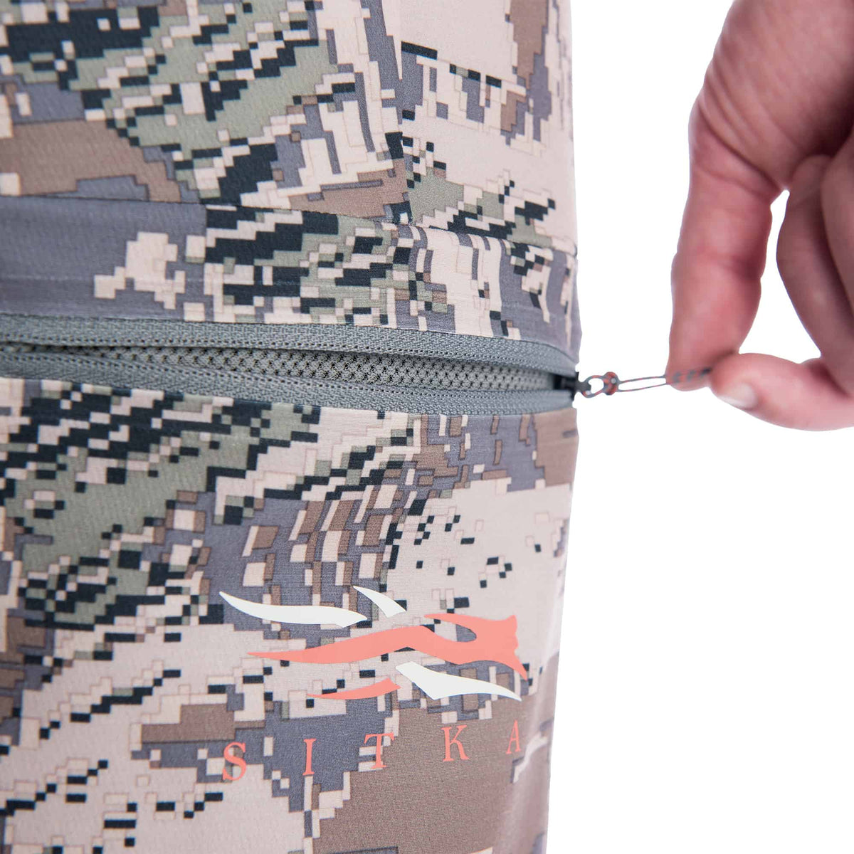 sitka traverse pant optifade open country performance hunting pant zipper pocket detail