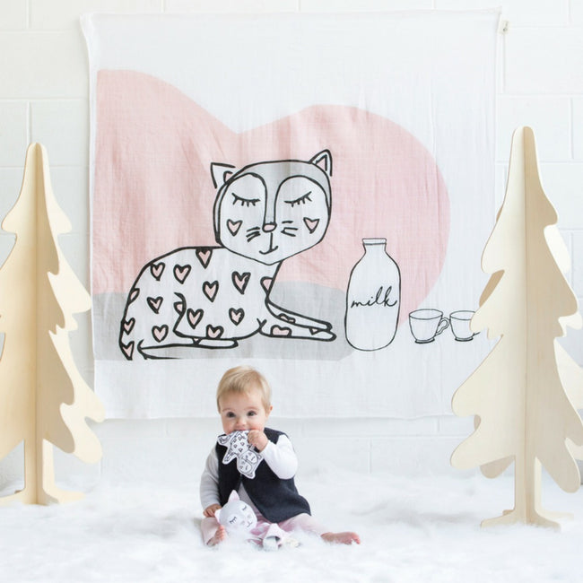 KippinTale™ Muslin Wrap & Snooze Blanket - Kitty