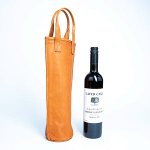 Bati | Tan Leather Wine Caddy | Handmade Leather Goods from Paraguay | Leather Wine Carrier, Leather Wine Bag, Leather Accessories, Tan Leather Wine Caddy, Tan Wine Caddy