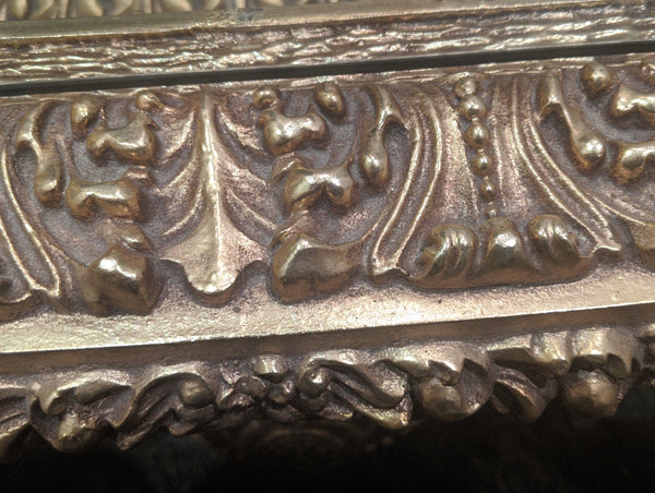 Vintage Ornate Italian Gold Gilded Elaborately Carved Rococo Oval Coffee Table