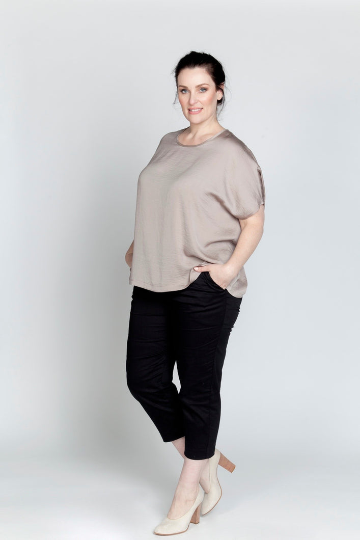 Alison Dominy Market Place ALISON DOMINY Kiki Top plussize curvy workwear womenswear menswear inbetweenie fashion
