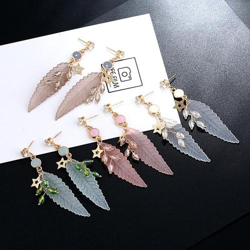 1 Pair Bohemia Acrylic Leaf Crystal Long Dangle Earings Women Lady Girls Vintage Club Party Ear Stud Fashion Popular Gift Accessories Jewelry-Women Earrings-inSowni