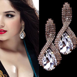 1 Pair Elegant Drop Crystal Long Dangle Earrings Bride Women Lady Girls Rhinestone Club Party Ear Stud Fashion Popular Gift Accessories Wedding Jewelry-Women Earrings-inSowni