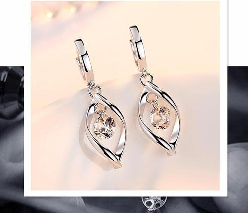 1 Pair Elegant Silver Rhinestone Long Dangle Earrings Bride Women Lady Girls Club Party Ear Stud Fashion Popular Gift Accessories Wedding Jewelry-Women Earrings-inSowni