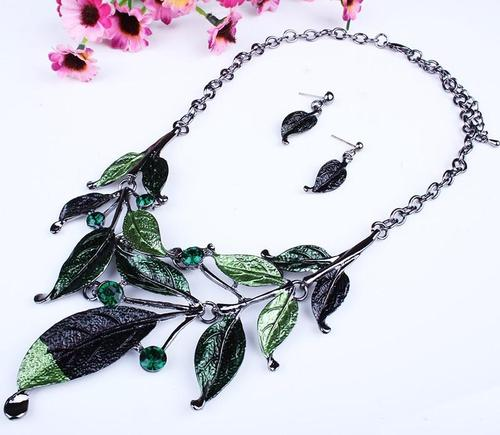 2pcs Women Leaf Crystal Necklace Earrings Ear Stud Party Jewelry Set Sweater Chain Long Chain-Women Necklaces-inSowni