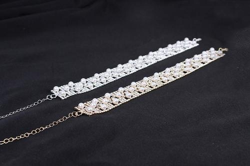 Women Alloy Pearl Rhinestone Choker Chunky Silver Necklace Pendant Wedding Jewelry Long Chain-Women Necklaces-inSowni