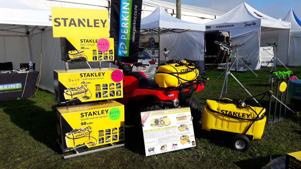 Stanley pumps at New Zealand Field days