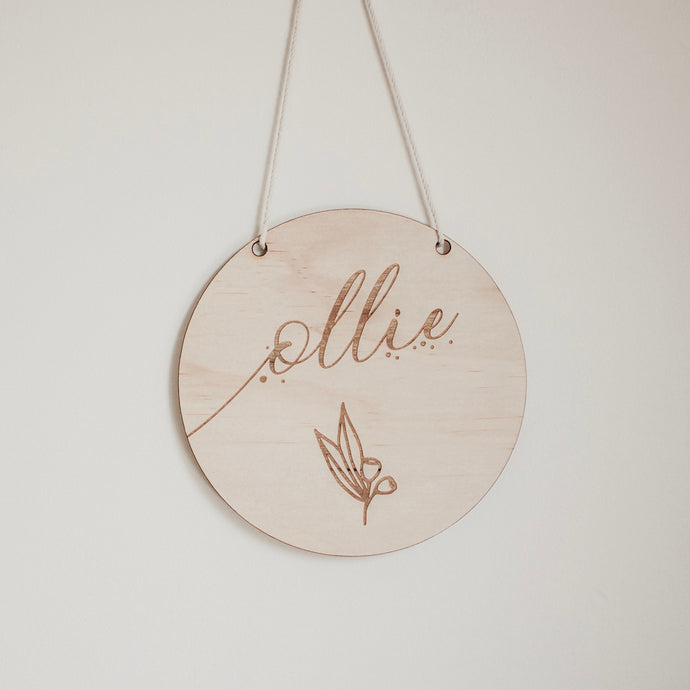 13.5 cm personalised name plaque\wall hanging - AUSTRALIANA