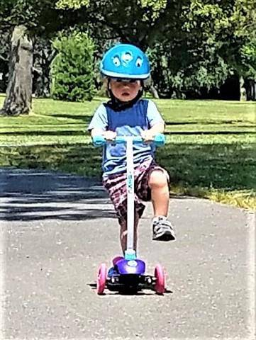 YBIKE Kids Cruze 3-Wheel Kick Scooter - NSG Products