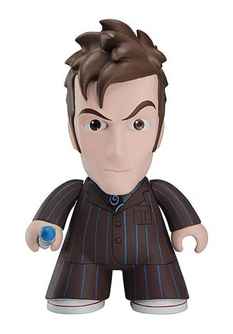 DOCTOR WHO TITANS 10TH DOCTOR IN SUIT VINYL FIGURE