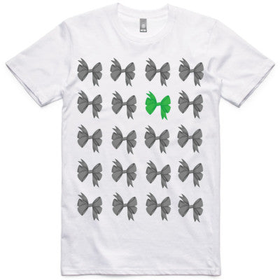 Bows On Bows Unisex Tee