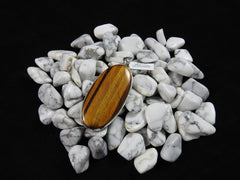 Tiger's Eye pendant with howlite