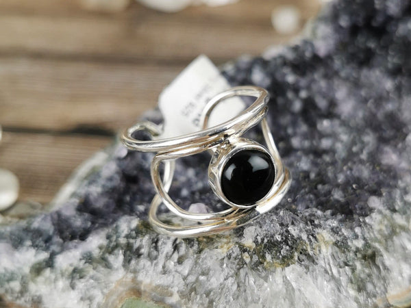 Wire Band Black Agate Ring