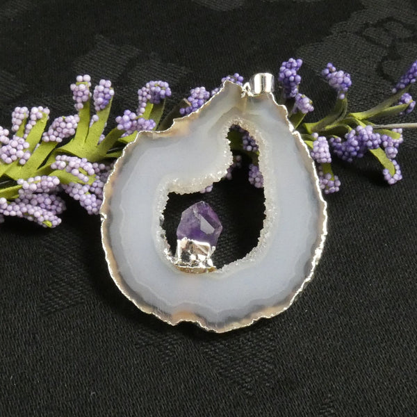 Oco Geode with Amethyst Drop Pendant