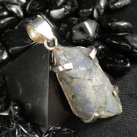 Rough Labradorite in Silver Pendant (384)