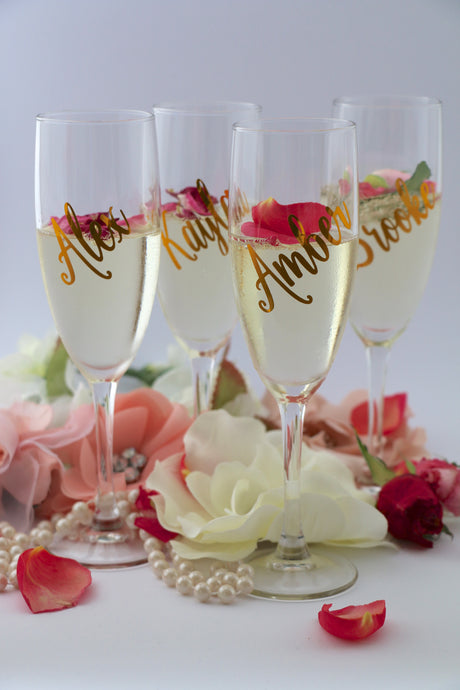 Personalised name on champagne flutes for bridal party, bridal showers, engagement parties, weddings.