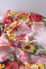 Evelyn Floral Robe