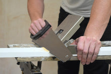 trigjig-base-used-with-handsaw