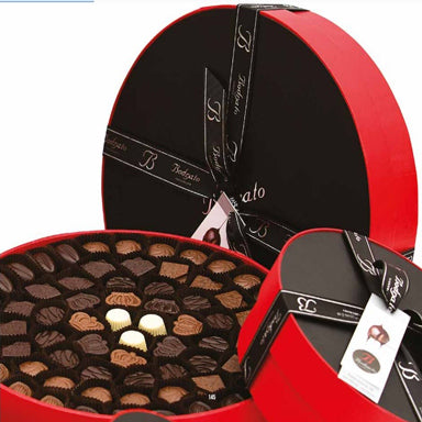 Round Shaped Tasting Box Assorted Pralines 470gr