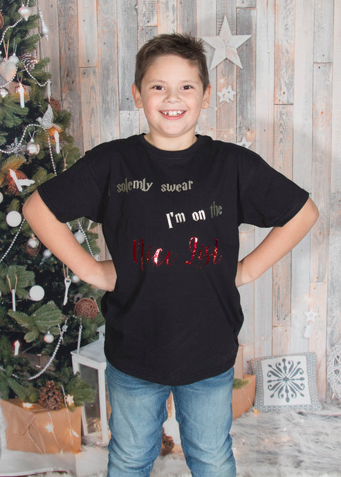 I solemly swear I am on the nice list Christmas Tshirt