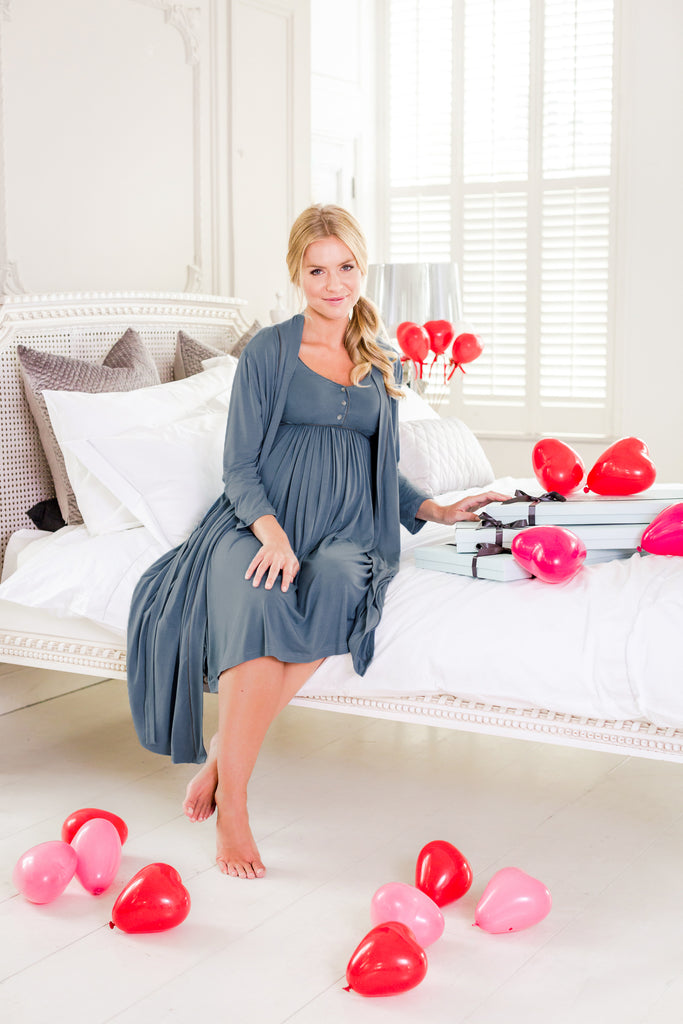 Horatia Maternity Dressing Gown