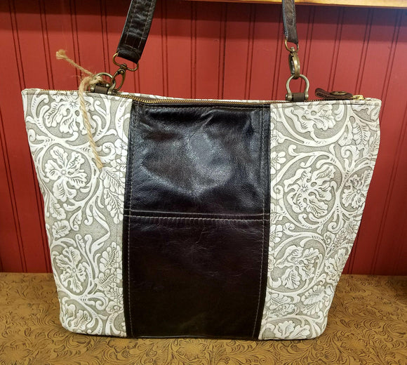 Biggy Ms Kitty - White Cowboy - Texas Carpet Bagger Purse