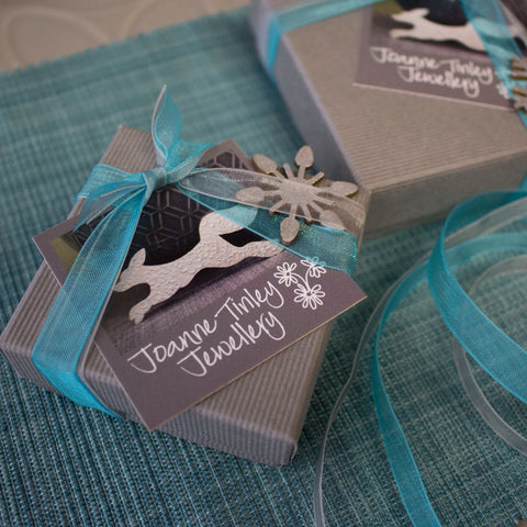 free gift wrapping at Joanne Tinley Jewellery