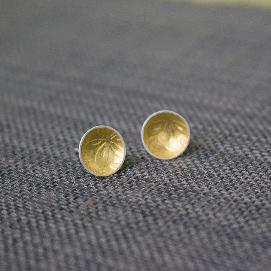silver gold keum boo disc flower earring at Joanne Tinley Jewellery