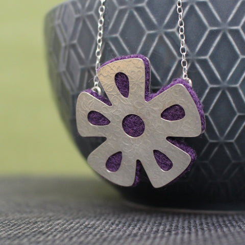 Watercolour & Wool Daisy Necklace
