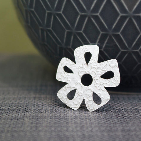 sterling silver daisy pin at Joanne Tinley Jewellery