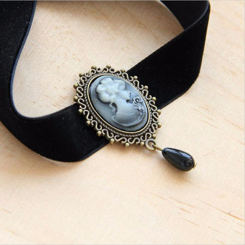 Gothic Vintage Choker necklace