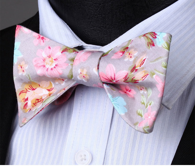 WW Signature Gray with Pink Floral Print Silk Woven Men Bowtie