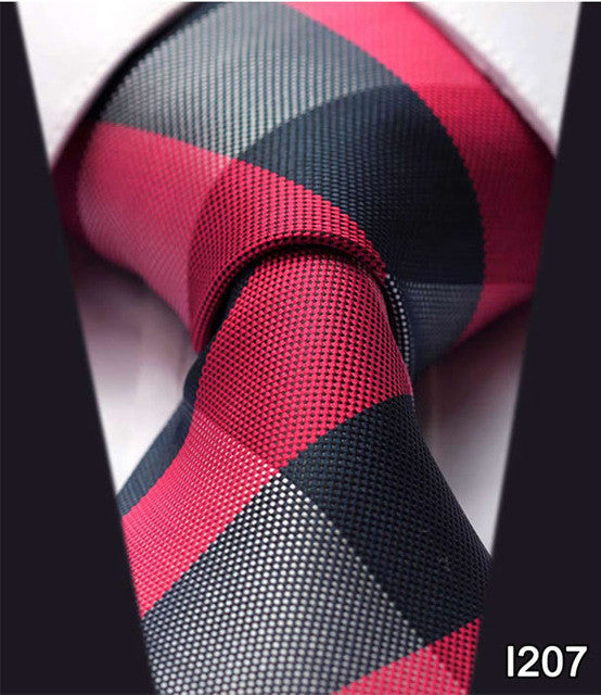 "WW Signature Black and Red Plaid Print 3.4"" Classic Necktie 100% Silk Men Self Tie Necktie"