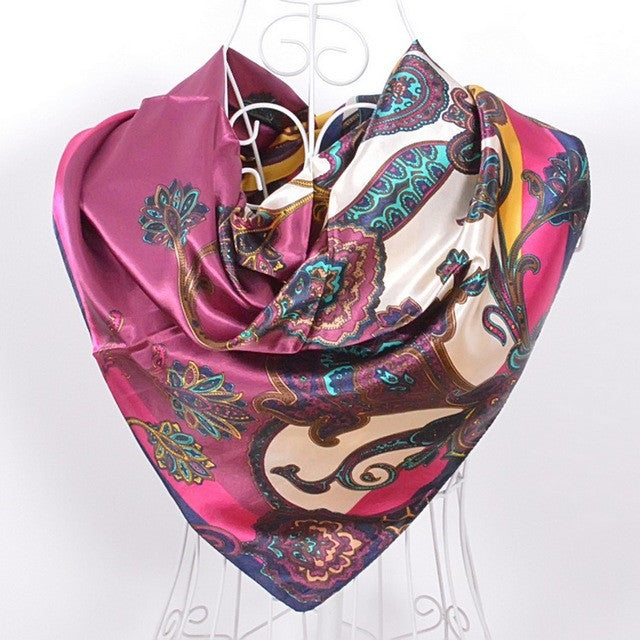 WW New Styles and Patterns Women Square Scarves with Printed Fashion