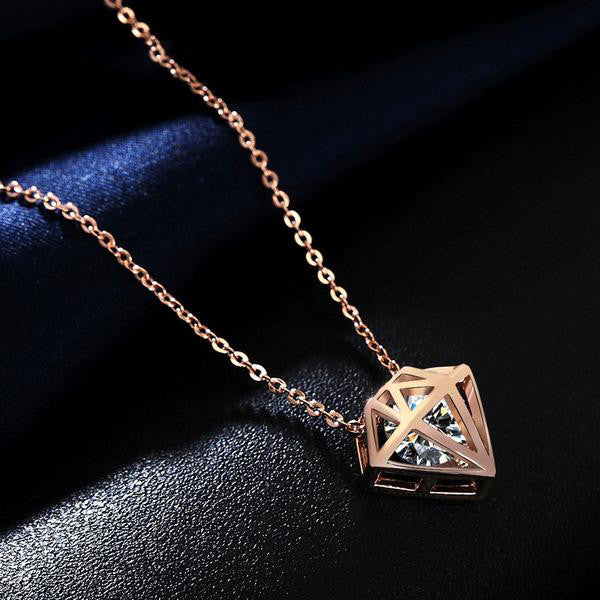 WW WOMEN Hollow Star-shaped CUT CLEAR ZIRCONIA NECKLACE Rose Gold color