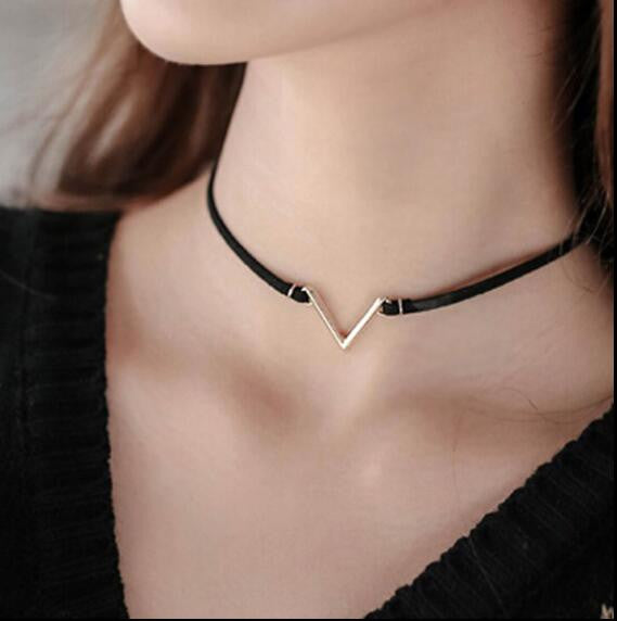 WW V Shape Black Short Velvet Collar Choker Necklace For Women