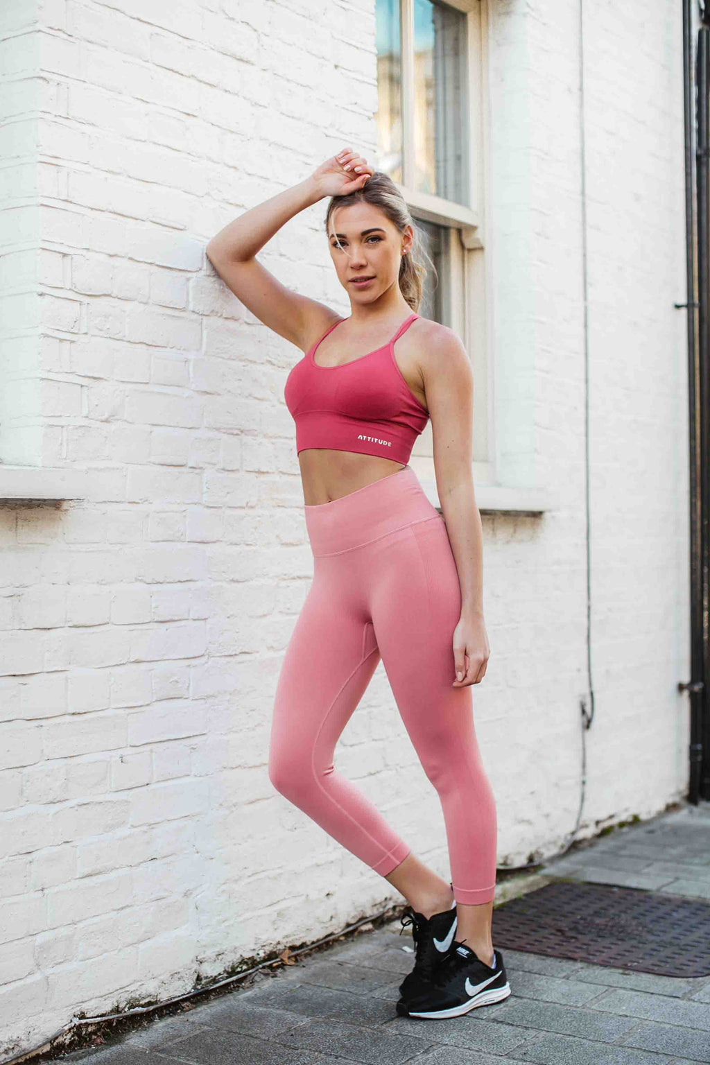 Pink Capri ribbed seamless leggings