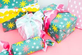Gift Wrap & Ribbon