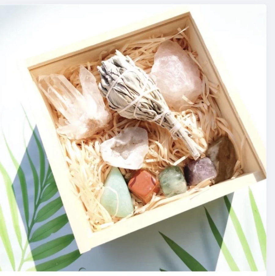 Reiki Crystal & Sage stick Gift  Box 10Pc