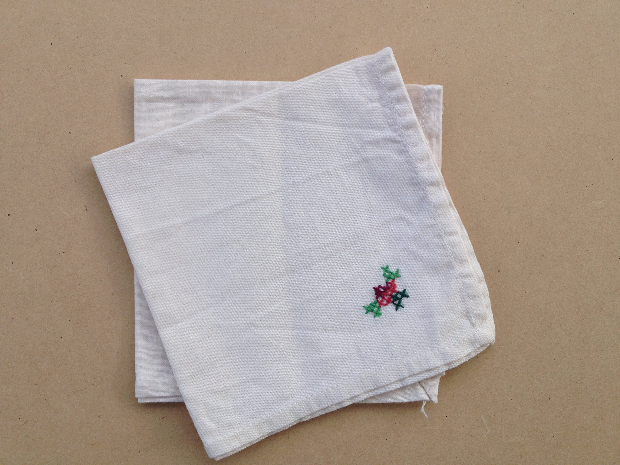 Vintage White Linen Napkins with Embroided Rose